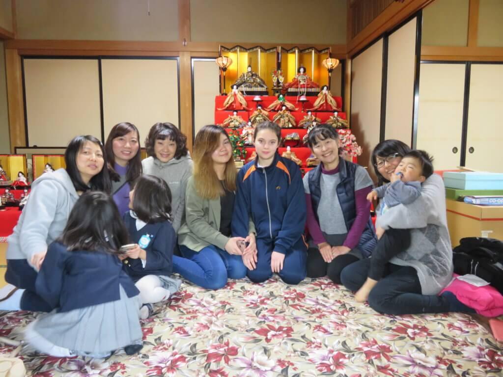 毎年欠かさない「ひな祭り」の会 ー 糸田恵子さん提供